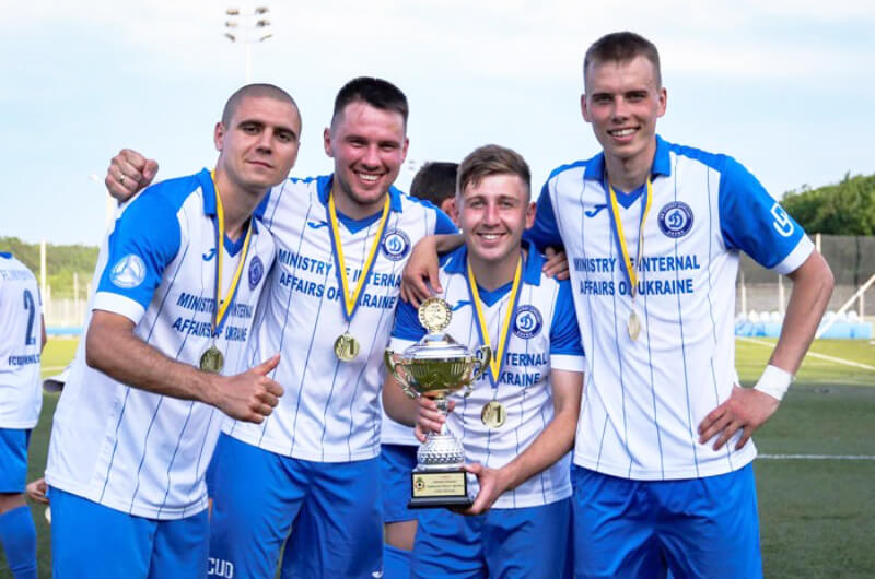 «Универ-Динамо» - чемпион области по футболу